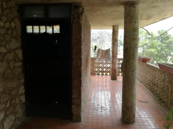 ANCIENNE MAISON A VENDRE - Zone Kenscoff