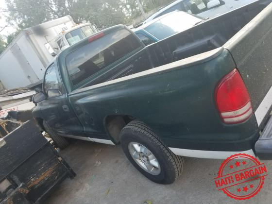 1999 Dodge Dakota 4 cylinder, Manual Transmission