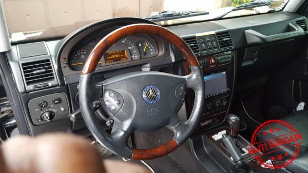 2005 MERCEDES G500